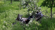 Two Oelwein residents airlifted to hospital after motorcycle hits deer