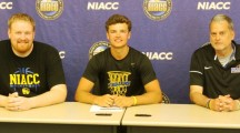 NIACC's Lang inks with Columbia College