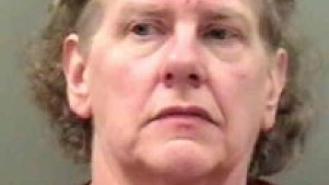 Northern Iowa woman arrested after elderly woman dies with burns covering20% of her body