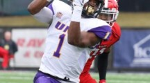 College Football: UNI defeats Youngstown State, 21-0