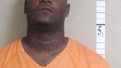 Charles City man arrested twice in one day for alleged assaults