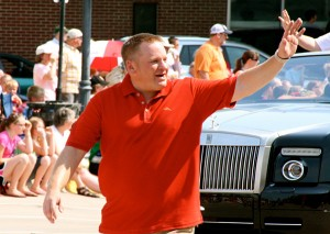 Mayor Eric Bookmeyer waived goodbye to hundreds of residents sincere took officer, with no end in sight.