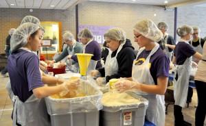 Waldorf students packing food