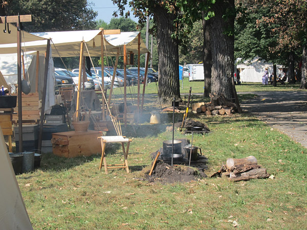Civil War re-enactment continues in Mason City's East Park