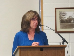 Angela Determan presents a Blue Zone update to the City Council