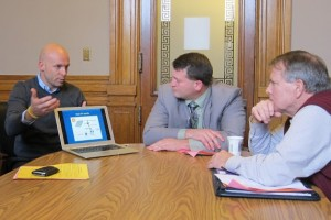 Tim Dwight meets with Iowa Senators Sodders and Beal at the State Capitol