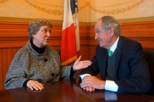 Senator Ragan talks with U.S. Senator Tom Harkin