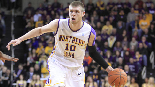 seth tuttle leads uni to win over missouri state