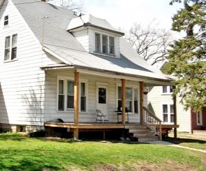 110 South Monroe Avenue (county photo)