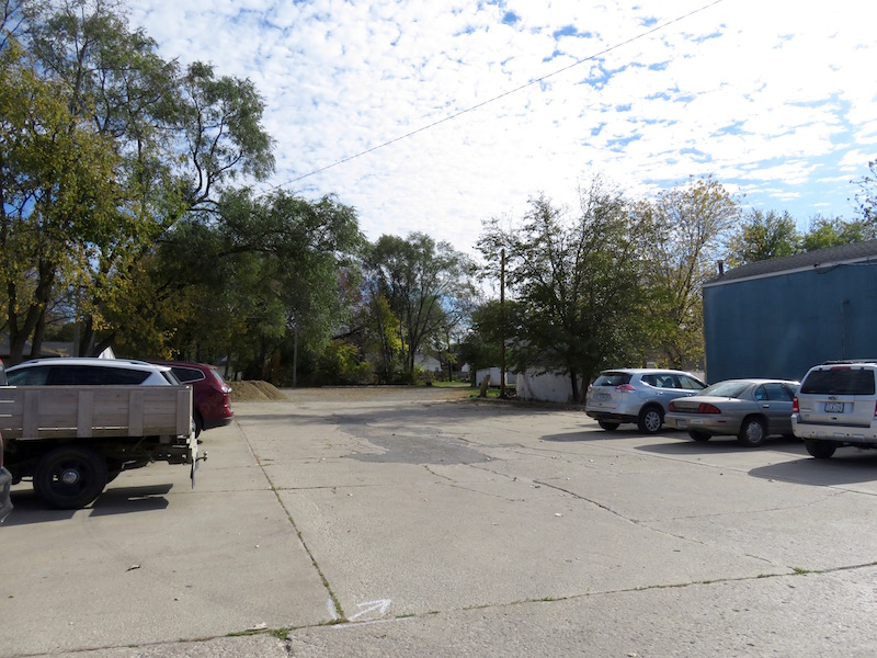 City parking lot behind 1327 North Federal Avenue